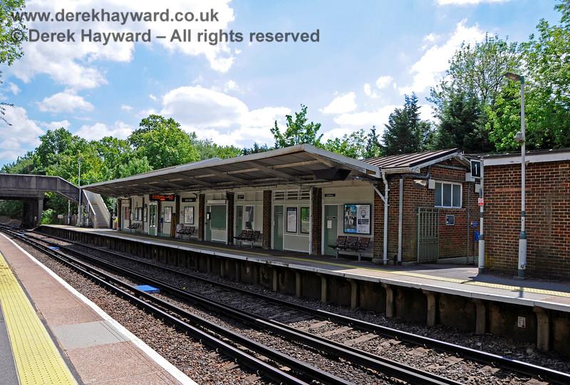 Hurst Green Station 310521 20902 E