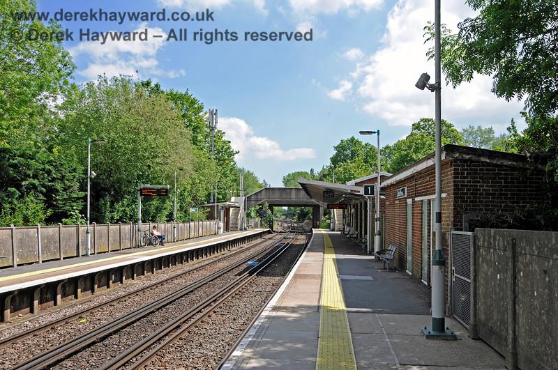 Hurst Green Station 310521 20917 E