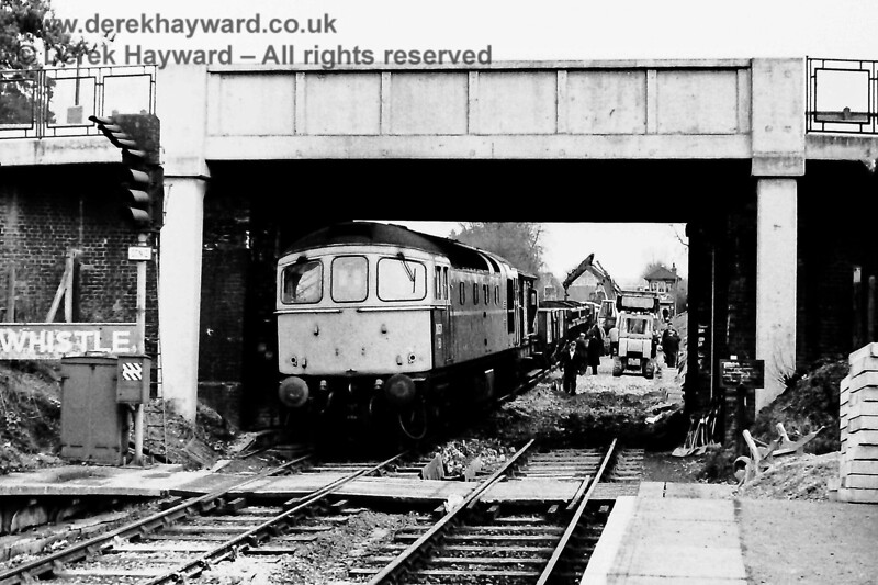 Engineering works at Hurst Green, Sun  5 04 1970, with D6561 (green) E