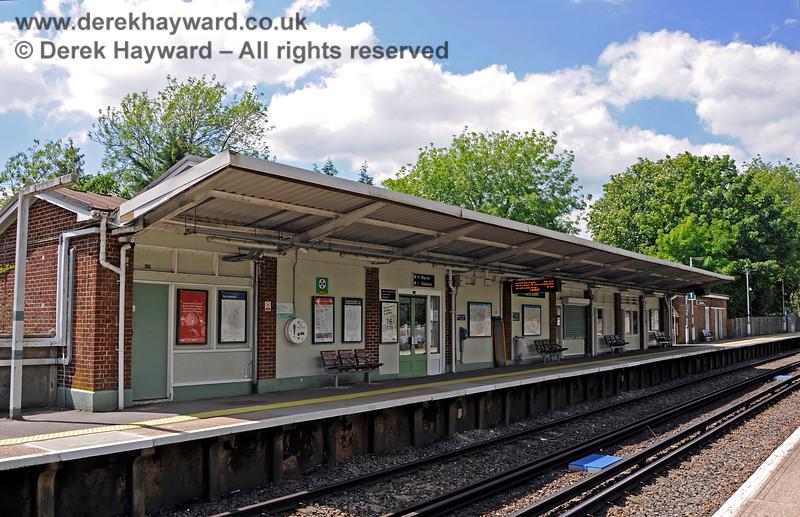 Hurst Green Station 310521 20903 E