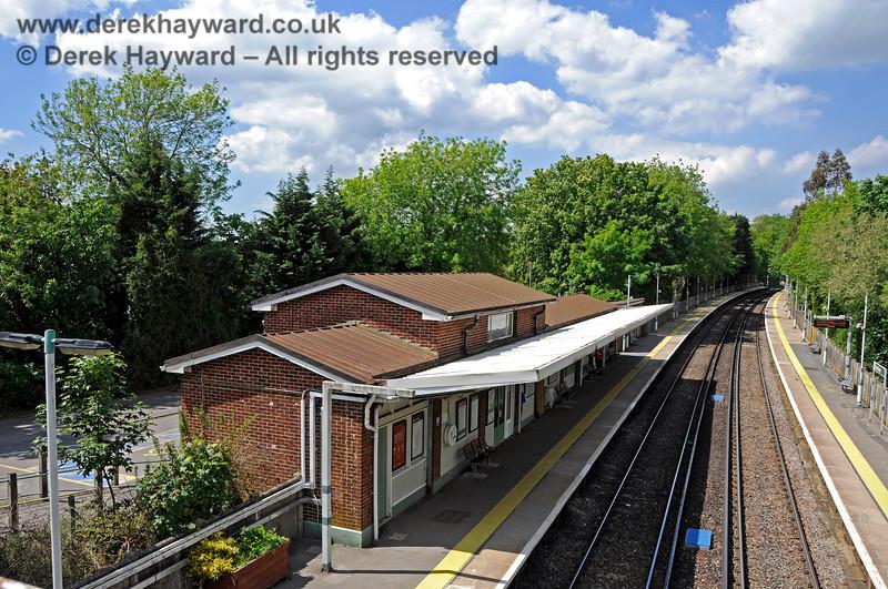 Hurst Green Station 310521 20905 E