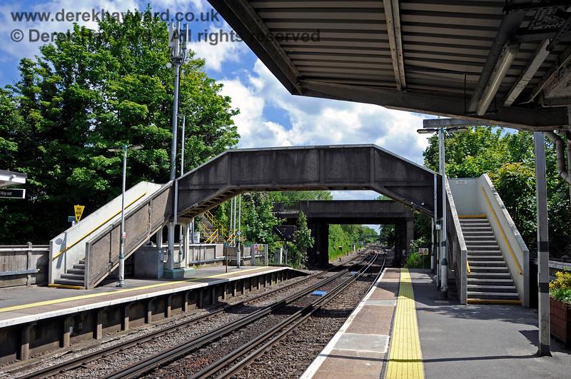 Hurst Green Station 310521 20907 E