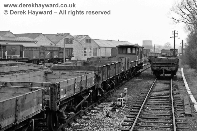 Looking north from the down siding on Sunday 29 March 1970. The wagons on the left are in the down engineers siding (formerly the down loop line). The down loop line had by then been disconnected at the northern end, with access from the south, although the points were normally clipped and padlocked out of use except for works trains or emergency use.  Eric Kemp retains all rights to this image.