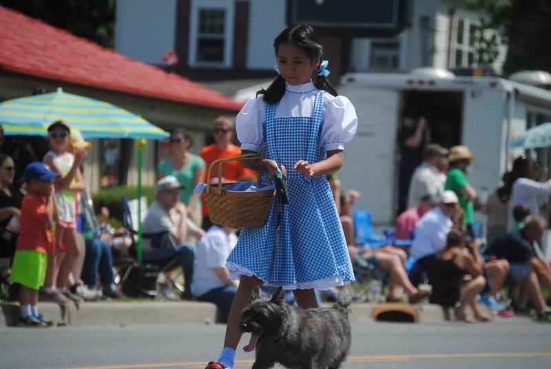 Leah McDonald - Oneida Daily Dispatch The annual Oz-Stravaganza Parade in Chittenango on Saturday, June 4, 2016.