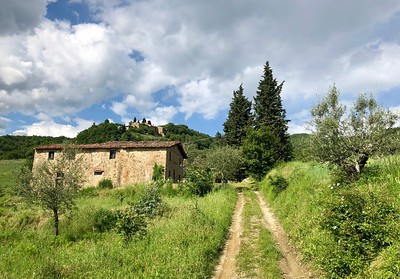 P 101 - TUSCANY, ITALY - Charming Farmproperty to restored