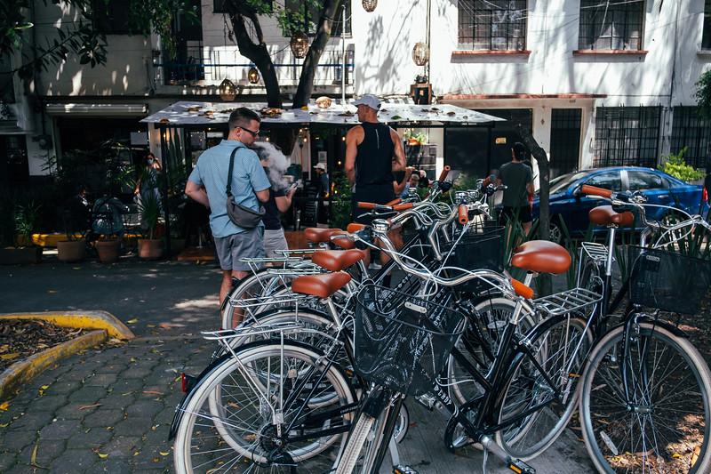 Bicicletas y tacos.<br /> <br /> La Condesa. Mexico City, Mexico. October 2021.