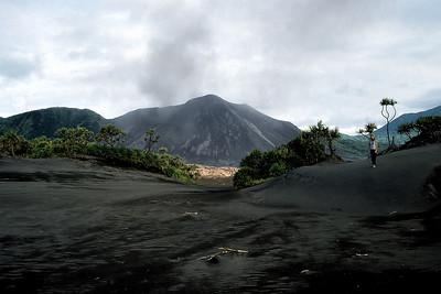 YASUR VOLCANO - TANNA ISLAND