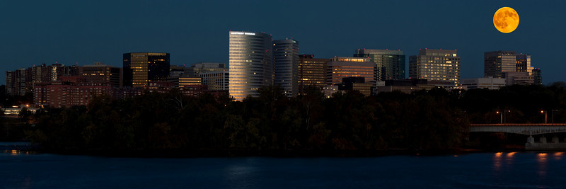 ROSSLYN MOON RISE (VERSION 1)