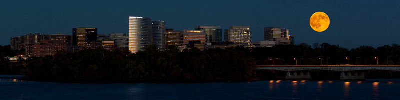 ROSSLYN MOON RISE (VERSION 2)