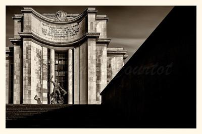 20150413_Trocadero_0242-BW