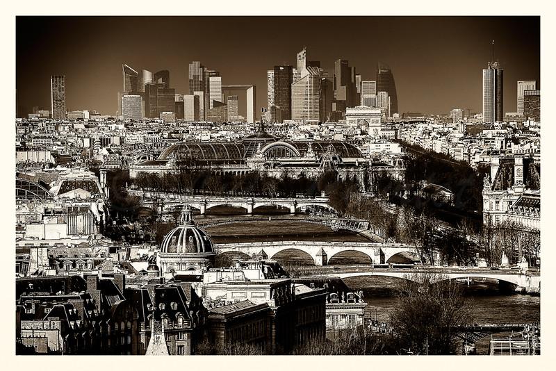 Notre Dame_20150219_0252 B&W