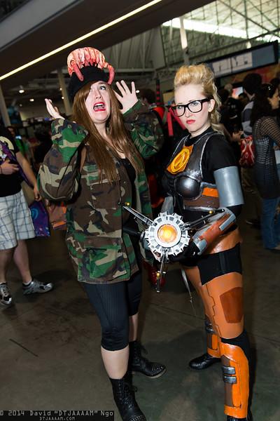 Headcrab Zombie and Gordon Freeman