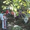 La misa en el bosque, Padre Javier Giraldo