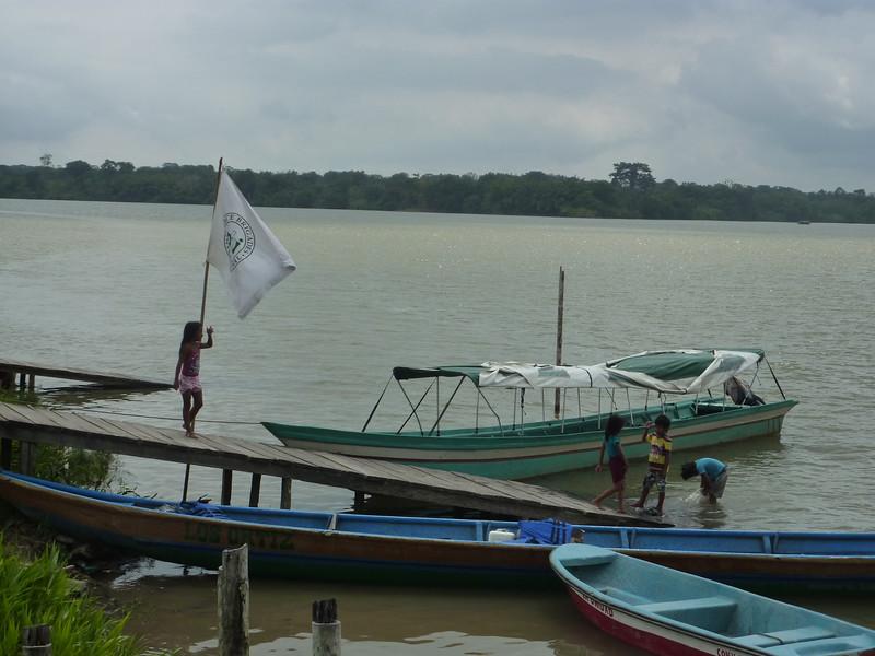 Aco en el Río San Juan (Valle del Cauca) a la CIJP,<br /> Laetitia y Miguel, abril de 2017