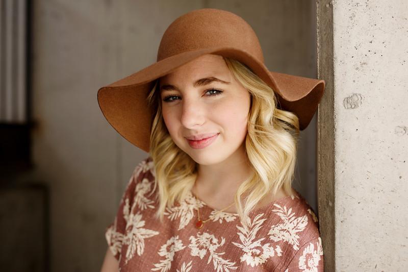Megan {Senior}