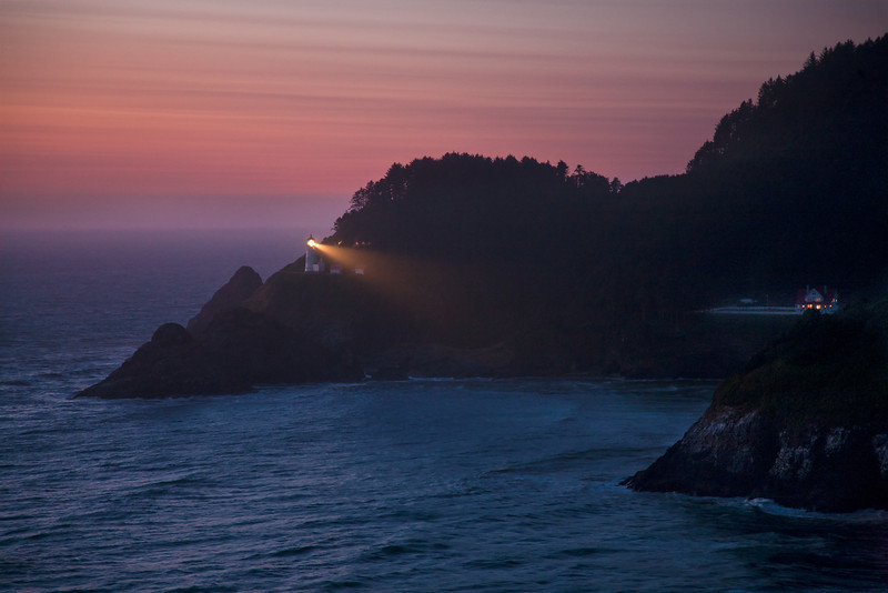 HECETA HEAD LIGHTHOUSE III