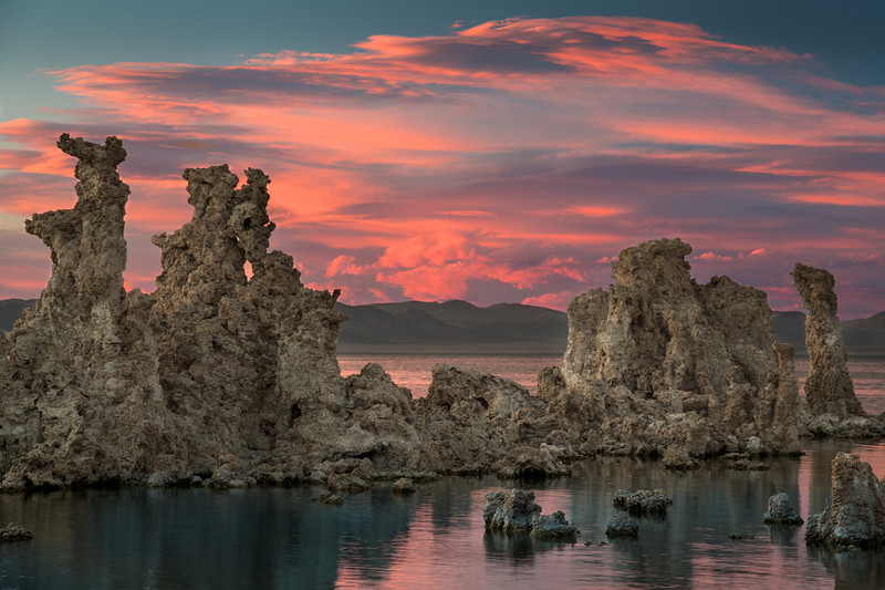 SUNSET TUFAS