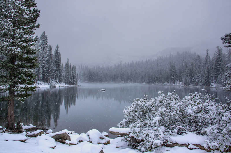 FIRST SNOW AT LAKE MARY, MAMMOUTH MOUNTAIN