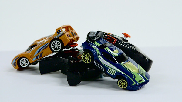 Hot Wheel Intelligent Race System - Hot Toy Test Lab (Joseph Forzano / The Palm Beach Post)