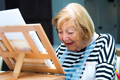 Irene Meyerson, 94, works on a watercolor painting during an art class at Tradition at MorseLife in West Palm Beach, on Wednesday, October 31, 2018. Meyerson has lived at Tradition for one year. [JOSEPH FORZANO/palmbeachpost.com]