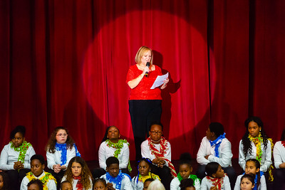 Leigh Woodham, Director at the Dolly Hand Cultural Arts Center at Palm Beach State College in Belle Glade thanks the audience before the final performance of the Living Christmas Tree at the Dolly Hand Cultural Arts Center at Palm Beach State College in Belle Glade on Sunday, December 2, 2018. [JOSEPH FORZANO/palmbeachpost.com]