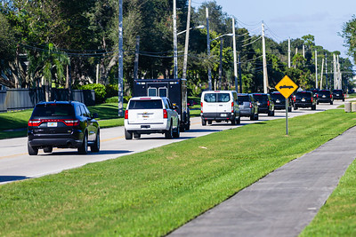 President Donald J. Trump's motorcade leaves Trump International Golf Club to head back to Mar-a-Lago on Sunday, January 05, 2020. [JOSEPH FORZANO/palmbeachpost.com]
