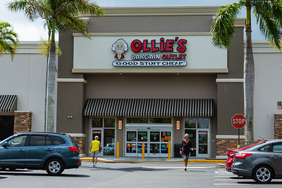 Ollie's Bargain Outlet is one of a couple of stores open in the Cross Country Plaza on Okeechobee Blvd. in West Palm Beach on Tuesday, April 7, 2020. [JOSEPH FORZANO/palmbeachpost.com]
