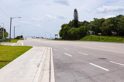 Traffic is sparse on looking east on Hypoluxo Road in Boynton Beach, FL, Monday, April 20, 2020. [JOSEPH FORZANO/palmbeachpost.com]