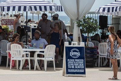 Benny's on the Beach in Lake Worth Beach is doing a brisk business while keeping diners socially distant, Sunday, June 28, 2020. [JOSEPH FORZANO/palmbeachpost.com]