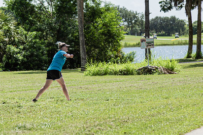 Lee Massey of Greenacres releases a shot from the fifth hole tee on the disc golf course at Okeeheelee Park, in West Palm Beach, Wednesday, September 23, 2020. Massey has been disc golfing for about six years.  [JOSEPH FORZANO/palmbeachpost.com]