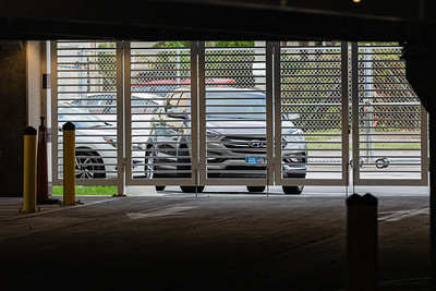 Cars a lined up ahead of the start of the Kravis Center for the Performing Arts Drive-Through Volunteer Salute, in West Palm Beach, Tuesday, November 17, 2020. The event was hosted to allow staff to thank the dedicated volunteers who devote their time and effort  at the Kravis Center throughout the year. (JOSEPH FORZANO / THE PALM BEACH POST)