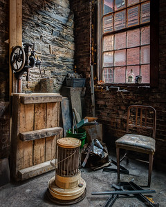 Carol Liscovitz_Metal Smith Window