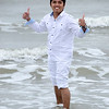 PCHY MOORE THUMBS UP BEACH