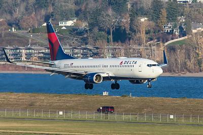 Delta Air Lines Boeing 737-832 N3754A 12-5-20
