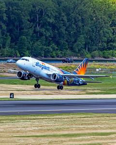 Allegiant Air Airbus A319-112 N302NV 5-28-21