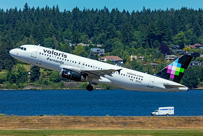 Volaris Airbus A320-233 N512VL 5-29-21