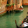 "CULTURE<br /> Young couple in a gondola <br /> Venice, Italy<br /> Mindy Ricketts<br /> Venice, Italia<br /> <br /> <br /> More from photographer >><br /> <br /> <a href=""http://www.mindyricketts.com/"">http://www.mindyricketts.com/</a>"