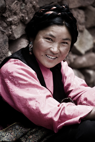 A warm welcome - a village in Eastern Tibet