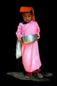 BUDDHIST NUN - SHAN STATE