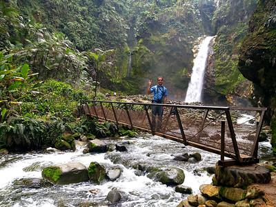 """Catarata Rio Agrio & Daniel or """"Mambo"""" My Guide"""