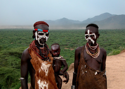 KARO LADIES - OMO VALLEY