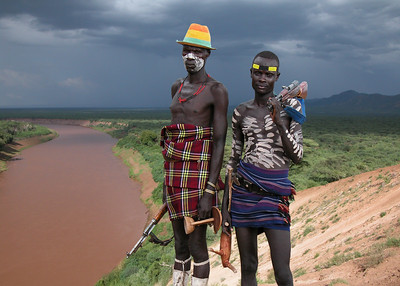 KARO MEN - OMO VALLEY
