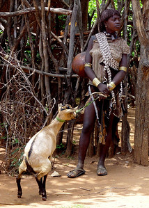 HAMAR HAMAR LADY - OMO VALLEY