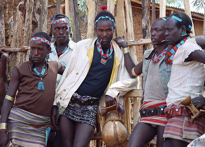 BENA MEN - OMO VALLEY