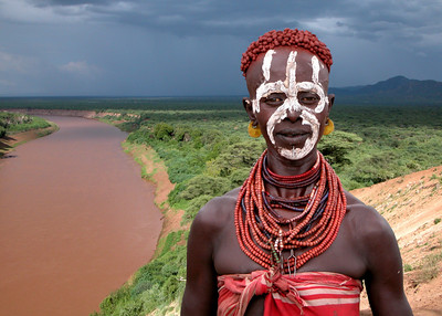 KARO LADY - OMO RIVER