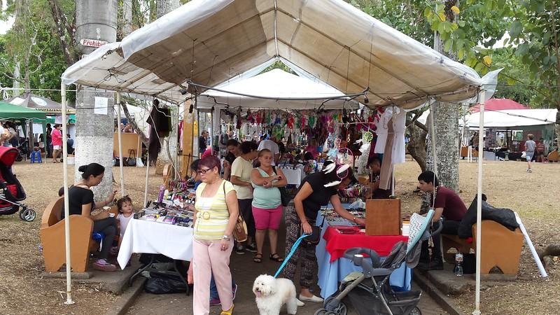 Arts & crafts Vendors at Most Fiestas