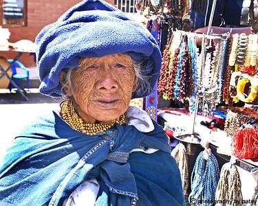 OLD LADY OTAVALO MARKET EQUADOR
