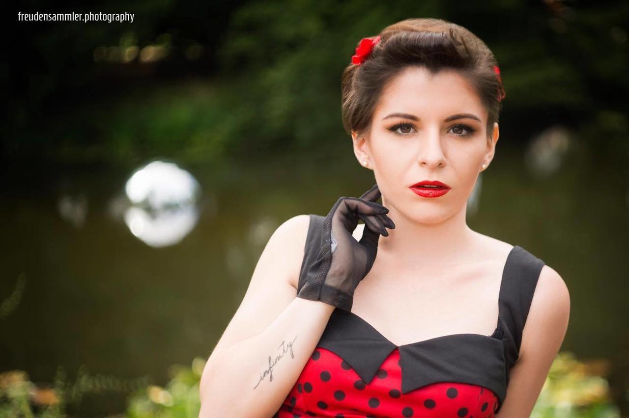 Classic retro style portrait - Model: Mandy Busch @ Classic Days Schloß Dyck 2017