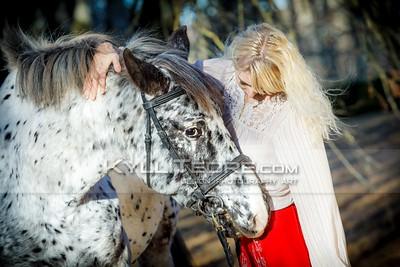 Täpi ja Tiina @ Luike mõisapark, 3. november 2015 © Kylli Tedre / www.kyllitedre.com