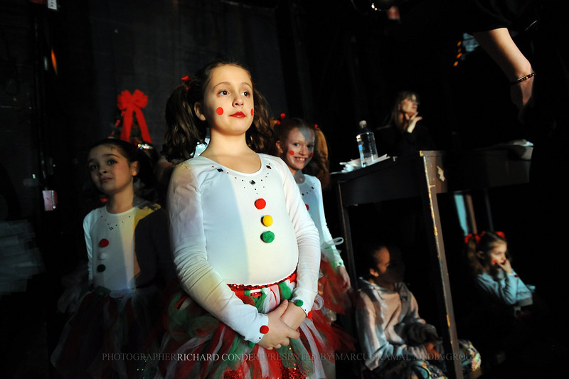 NUTCRACKER 2010 / N 67 MOONEY / COOLEY DANCE COMPANY
